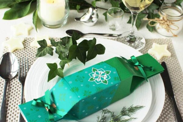 Reusable eco Christmas crackers for your festive features